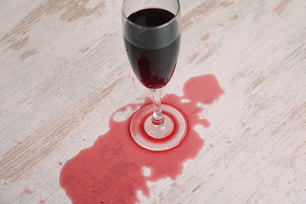 Rotweinflecken-Ratgeber