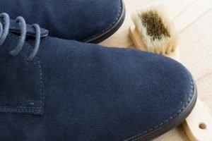 Schuhe, die stinken, waschen