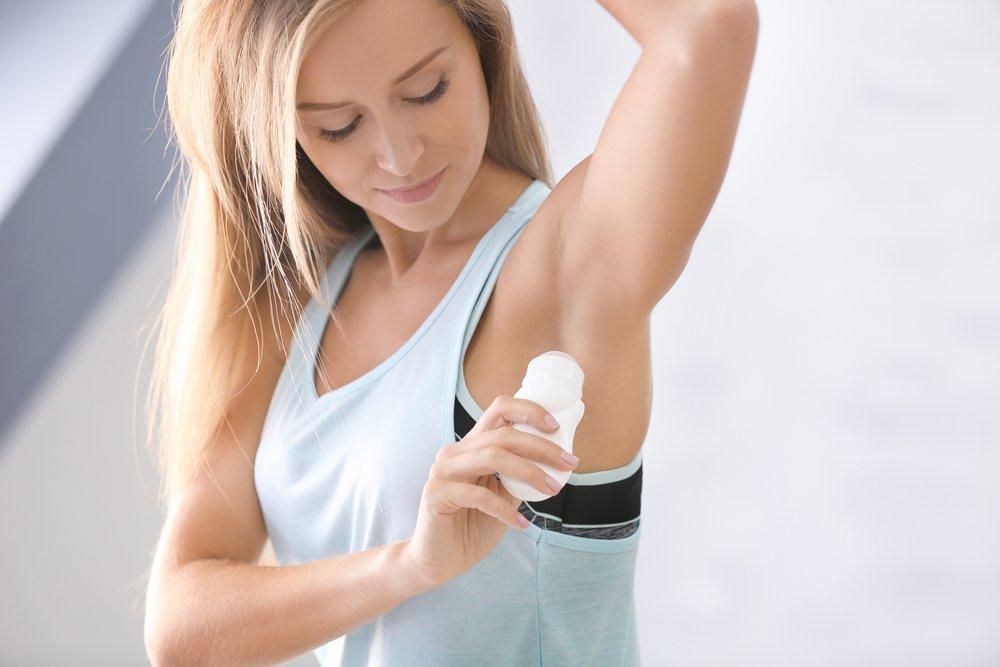 deodorant beseitigen, aus Kleidung Deo entfernen
