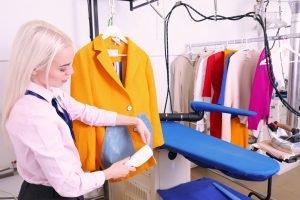 Hemdkragen säubern Hemden waschen Brautkleid Reinigung