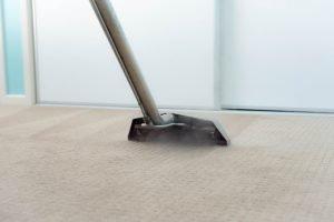 teppich reinigen praktische tipps f r flokati sisal und co. Black Bedroom Furniture Sets. Home Design Ideas