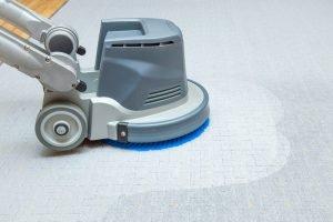 Teppichflecken entfernen selber machen