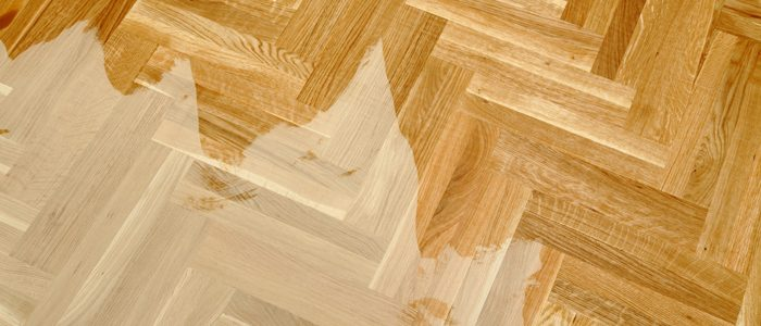 Holzboden halb geölt