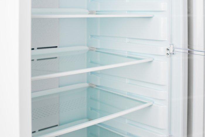 leerer, sauberer Kühlschrank