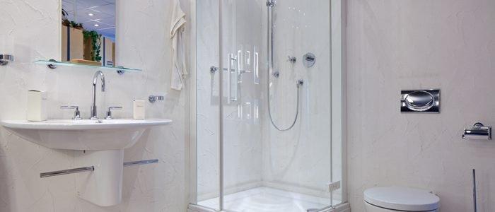 Duschkabine reinigen: So entfernen Sie Kalk und Schmutz ...