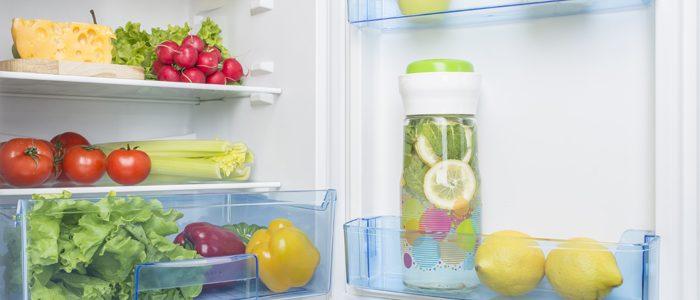 Kühlschrank stinkt: So werden Sie die Gerüche wieder los
