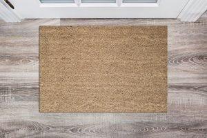 Fußmatte auf Holzboden