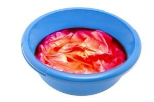 Wäsche Färben Plastikschüssel